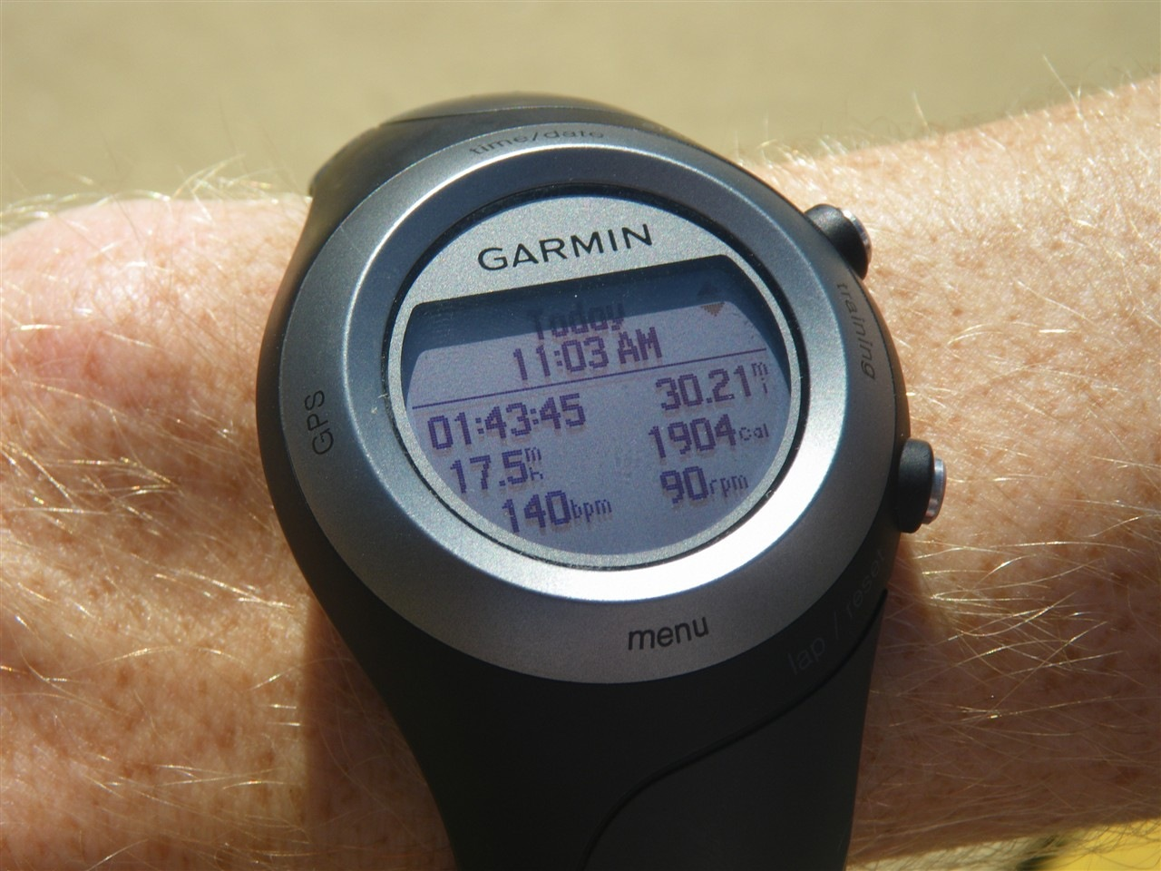 Garmin Forerunner in depth review October 13, by DC Rainmaker | Garmin» Product Reviews | Comments () I picked up the Forerunner back when it first came out this spring, and have been using it over the summer and into early fall.