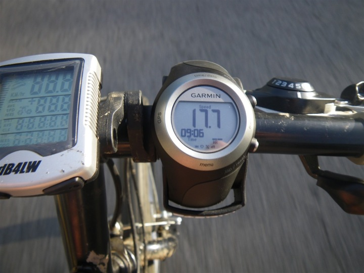 Garmin 405 on mountain bike mount