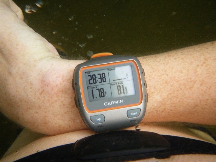 Garmin 310XT Heart Rate while underwater next to strap