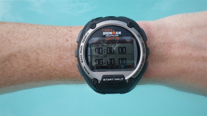 Timex Global Trainer in pool