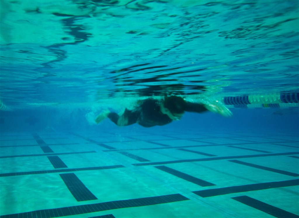 Pre race time back in the pool with wetsuits dc rainmaker for Children s swimming pool wetsuit
