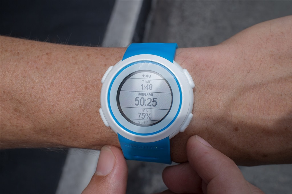 First look at new Magellan Echo smartphone enabled running watch ...
