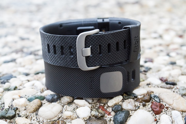FitbitCharge-ChargeHR-Clasps