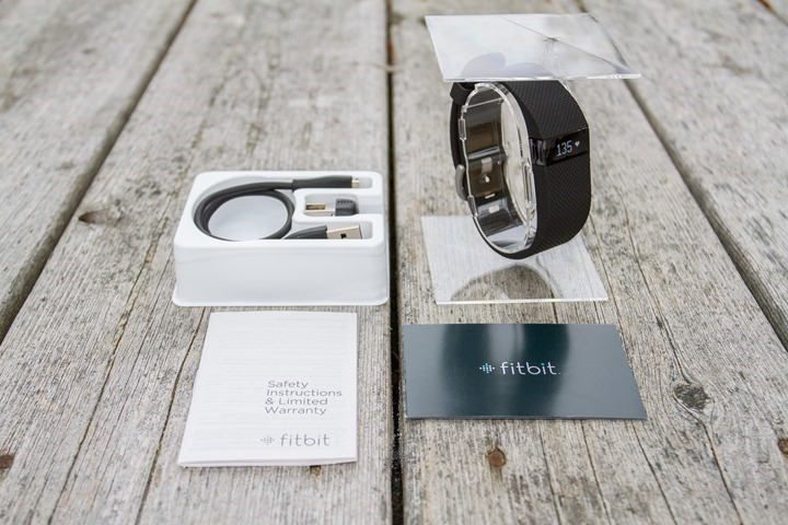 FitbitChargeHR-UnboxParts