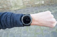 Fenix3-Sizes-Wrist-Sapphire-Front-200x13