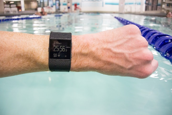 Fitbit-Surge-HR-While-Swimming
