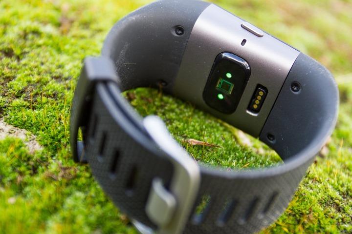 Fitbit-Surge-OpticalSensorBack