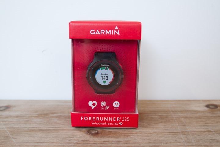 Garmin-FR225-Box
