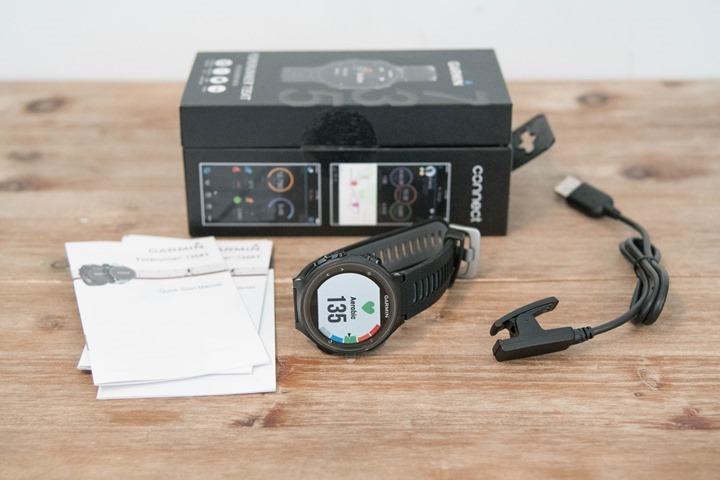 Garmin-FR735XT-BoxContents