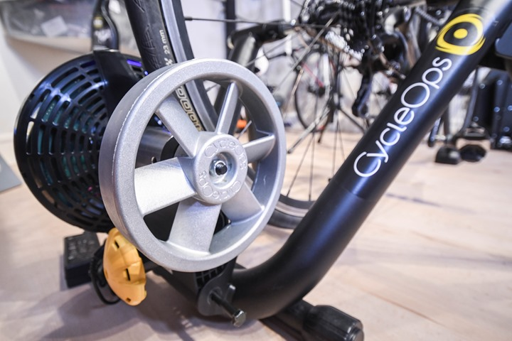 CycleOps-Magnus-Trainer-InCave