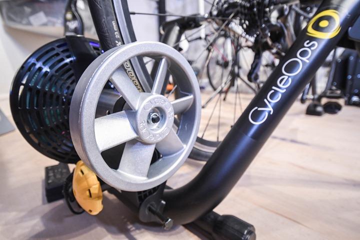 CycleOps-Magnus-Trainer-InCave