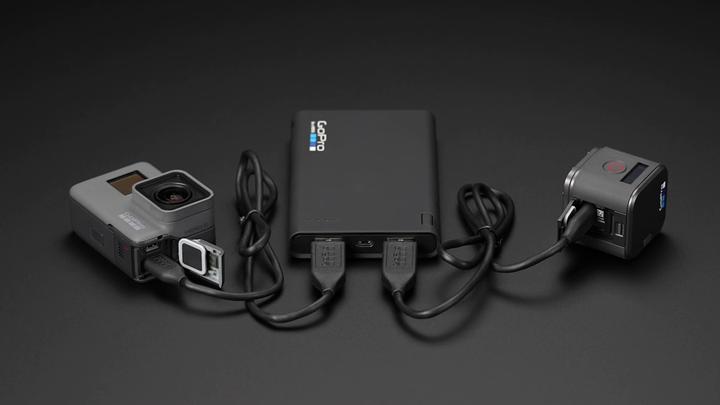 GoPro-Hero5-Charging-Portable-Power-Pack-Dual