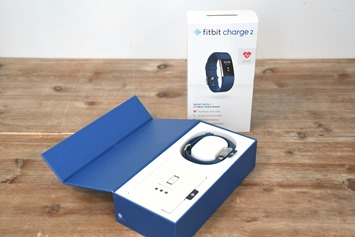 Fitbit-Charge-2-Unboxed
