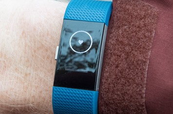 Fitbit-Charge2-Breathing2