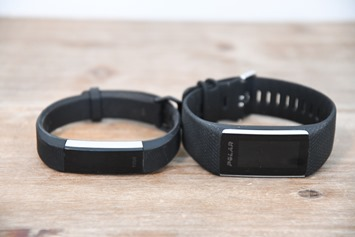 Fitbit-Alta-HR-vs-Polar-A370-1