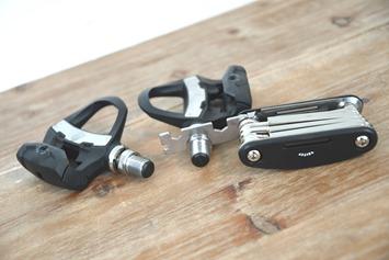 Garmin-Vector3-Mini-Wrench-On