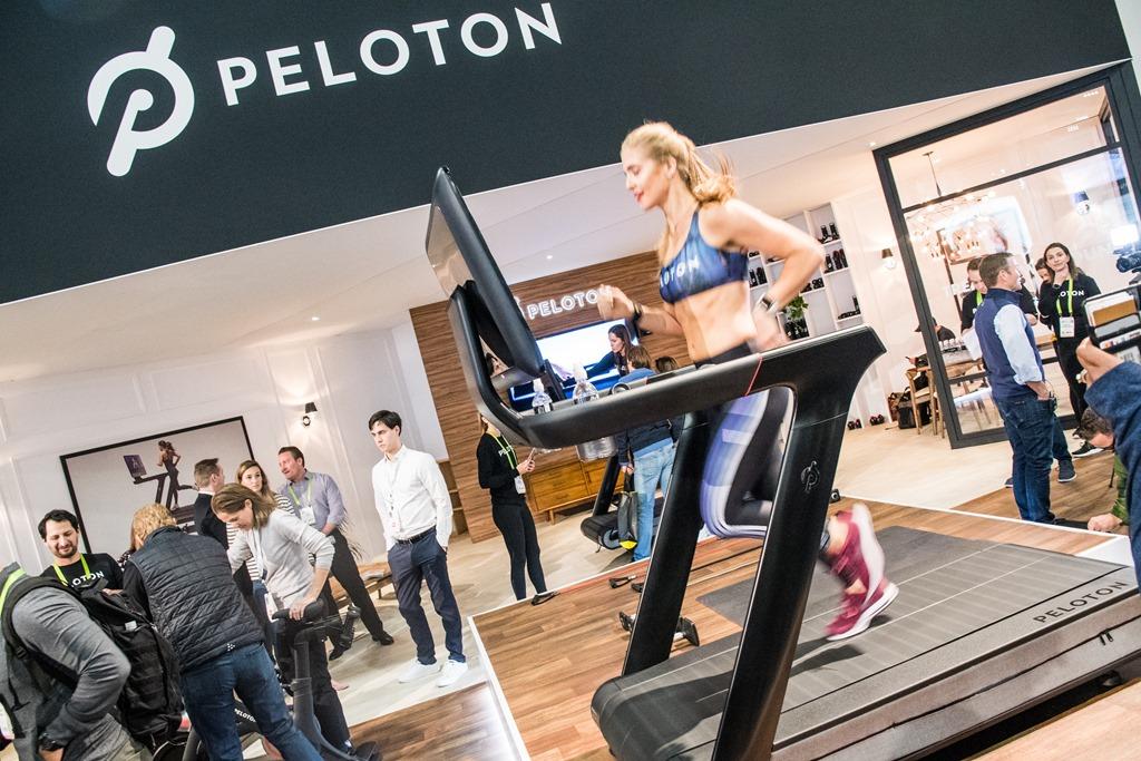 Running On Peloton S New Tread Connected Treadmill Dc Rainmaker