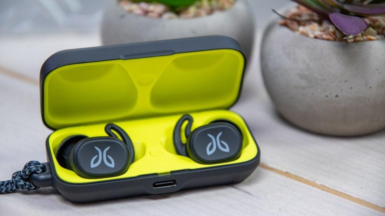 Jaybird Vista Earbuds Hands-On: An AirPods/PowerBeats Pro Competitor