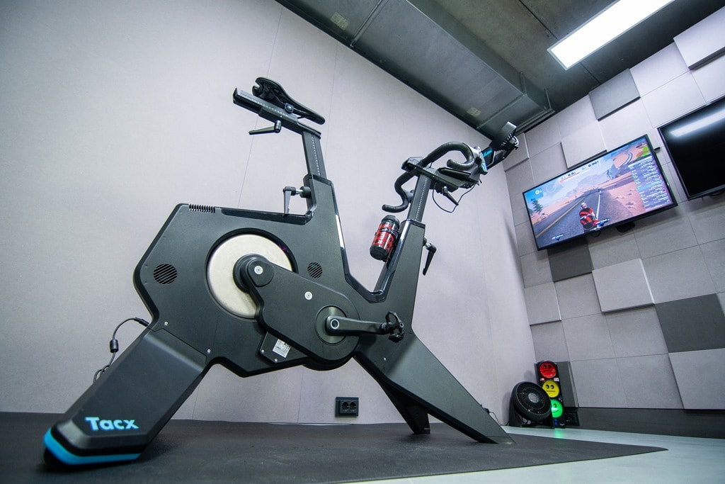 Tacx NEO Bike Smart In-Depth Review